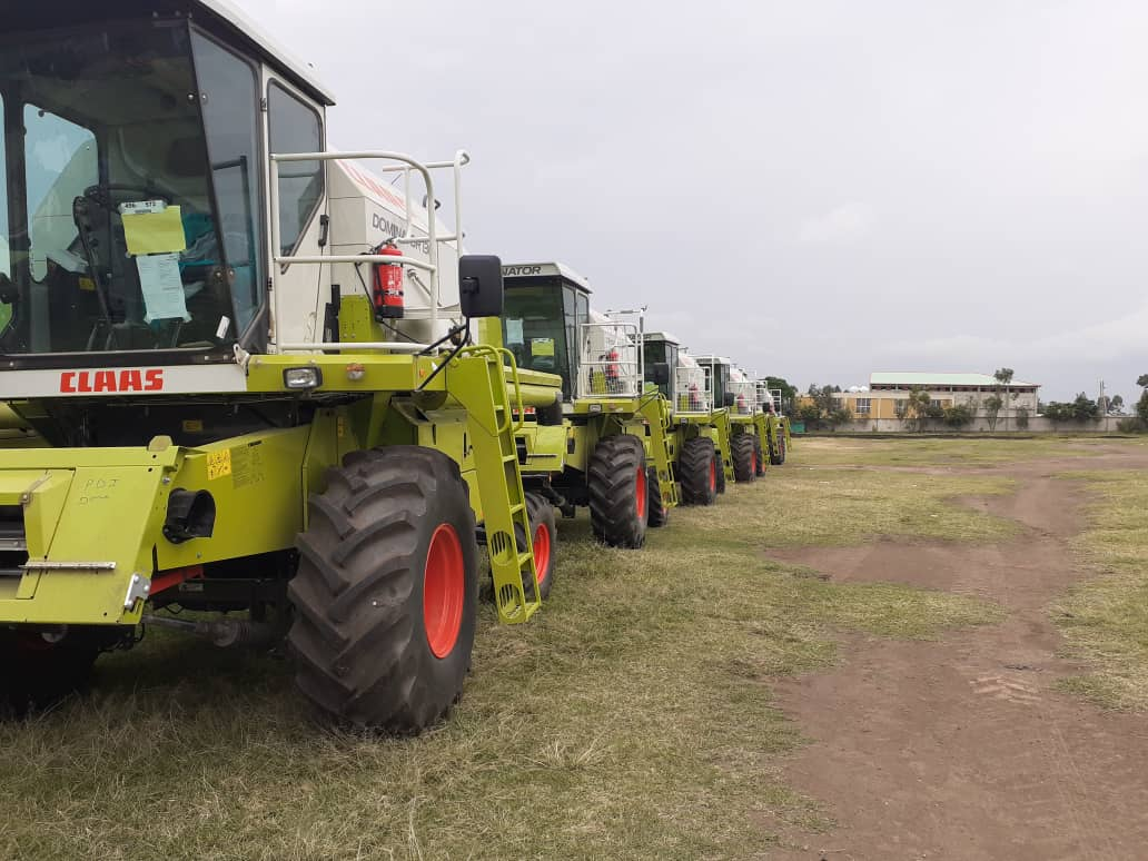 Ethio Lease Delivers 16 Combine Harvesters to Farmers